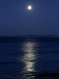 Moonoverwater